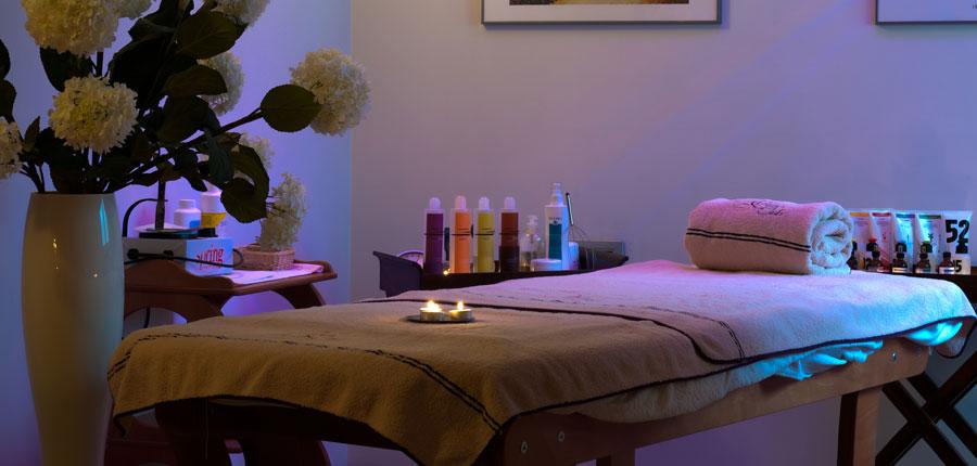 Hotel Villa Nicolli, Riva, Lake Garda, Italy - massage room.jpg